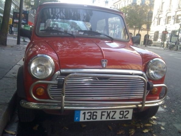 Paris red mini